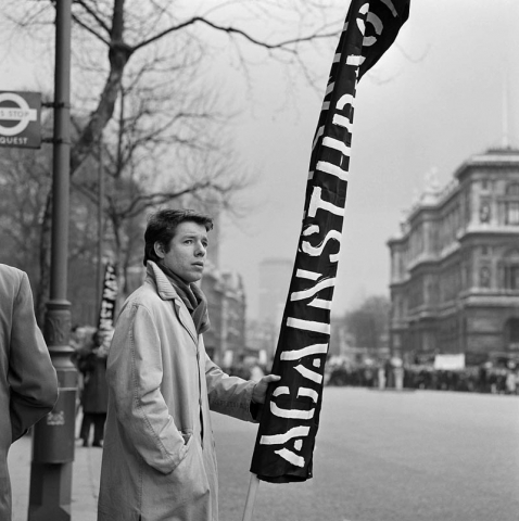 Cas Oorthuys, Trafalgar Square, Anti-Polaris / Anti Nuclear Weapons Demonstration, London, 18 February 1961