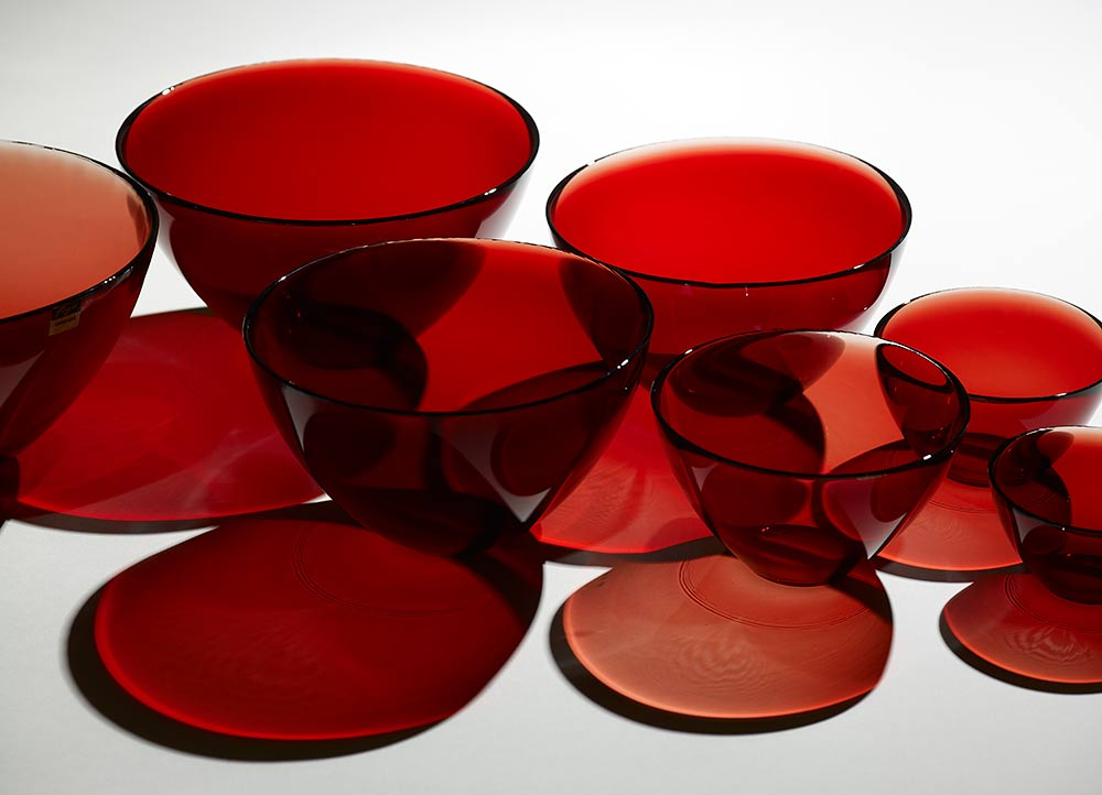 Sven Palmqvist Set of eight Fuga Bowls 1953 Made by Orrefors Sweden. Manchester Art Gallery