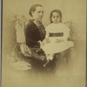 Clarke, Cabinet photograph, Indian Asian Mother and Child, 1870-1890